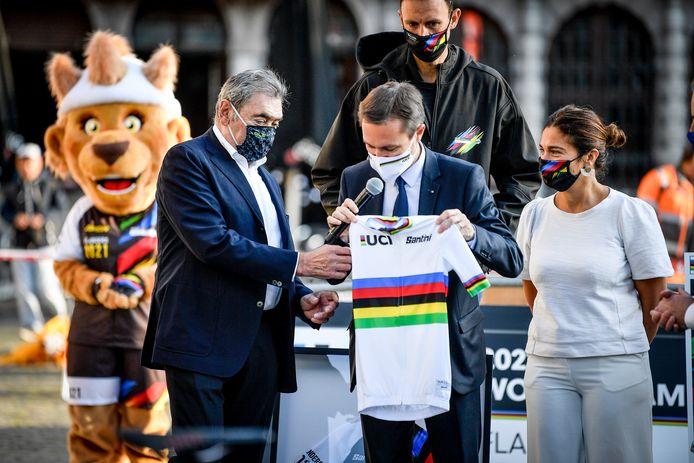 Eddy Merckx, David Lappartient en Vlaams minister van toerisme Zuhal Demir