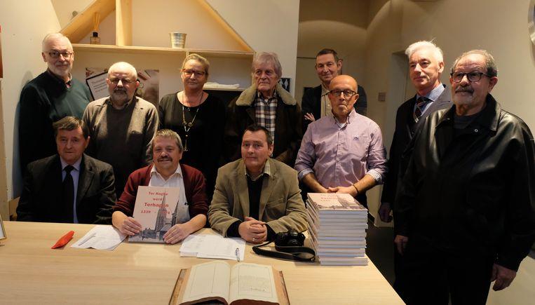 Leden van de geschiedkundige kring Rumesta werkten de voorbije 3 jaar aan 'Ter Haghe werd Terhagen'.
