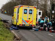 Scooterrijdster naar ziekenhuis na ernstig ongeluk op Provincialeweg in Dordrecht