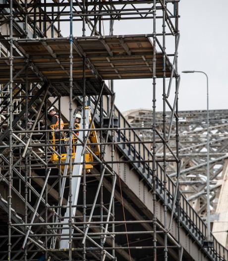 Waalbrug is 'proeftuin' voor verwijderen van giftig chroom-6