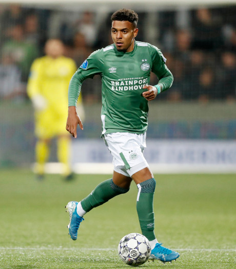 Malen debuteert in voorselectie Oranje voor cruciale kwalificatieduels