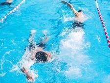 Vrees voor einde zwembad Vollenhove door bezuinigingen