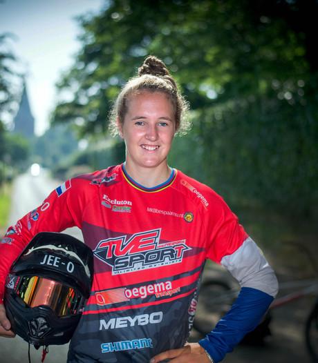 Laura Smulders wint wereldbeker BMX