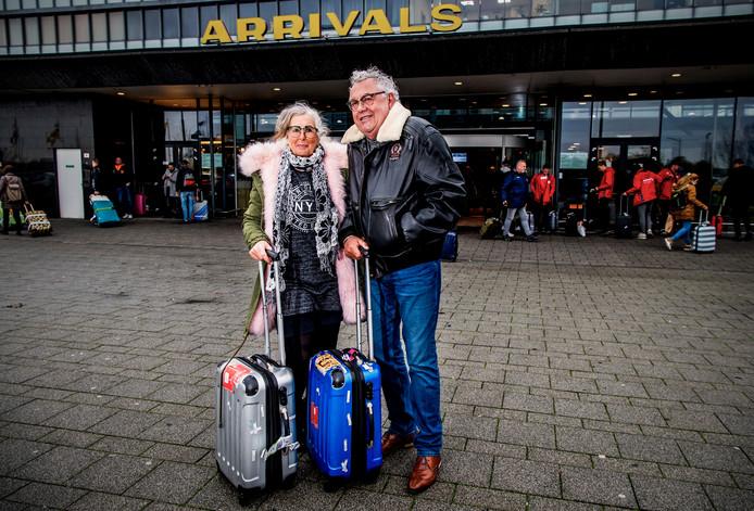 Peter en Lia Mijnster komen even terug naar Nederland voor wat verjaardagen.
