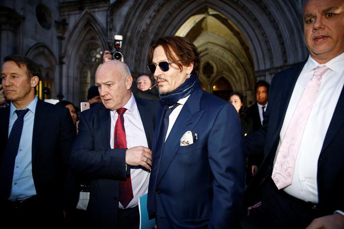 Johnny Depp à sa sortie du tribunal de Londres le 26 février dernier.