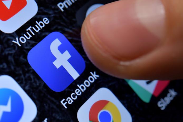 Sinds het begin van het onderzoek blokkeerde Facebook al zo'n 400 apps omdat die niet op de juiste manier met data zouden omgaan.
