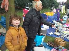 Geboren verkoper maakt indruk op vrijmarkt Oosterhout