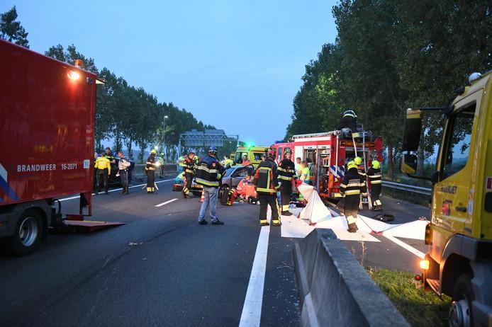 Het ongeval gebeurde op de A44 bij Nieuw-Vennep.
