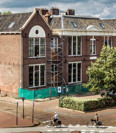 Kopers woningen in Deventer Houtmarktschool moeten samen twee miljoen euro extra betalen
