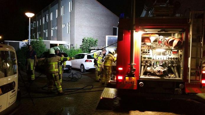 De brandweer kwam ter plaatse om het vuur te blussen.