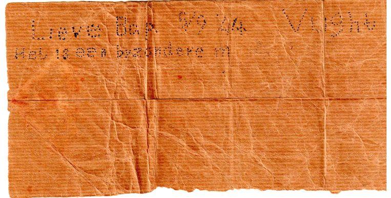 Fragment van de brief uit Vught. De eerste woorden zijn met pen overgetrokken, wellicht door de vinder. Beeld RV