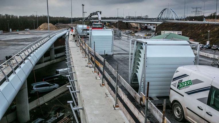 De nieuwe aansluiting van de A6 op de A1 richting Amsterdam bij de Naardervaart Beeld Amaury Miller