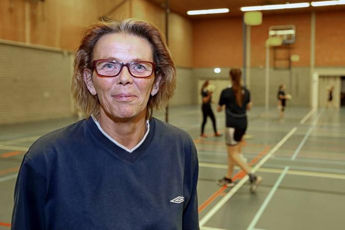 Er gebeurt nauwelijks iets bij Scheldevogels waar Jolanda Pelle niet bij betrokken is. foto chris van klinken/pix4profs