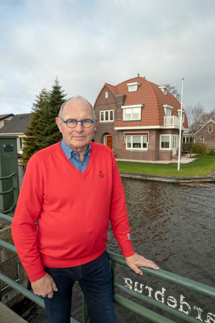 De gemeente Kaag en Braassem heeft bepaald dat het huis van Luuk Beelen een monument is, maar betaalt niet mee.