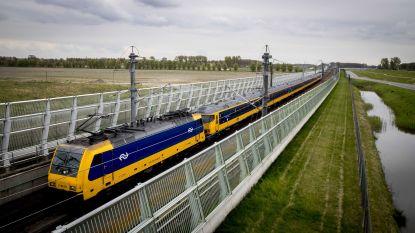 Bizar softwareprobleem op hogesnelheidslijn tussen Amsterdam en Antwerpen: trein stopt soms doodleuk tijdens de rit