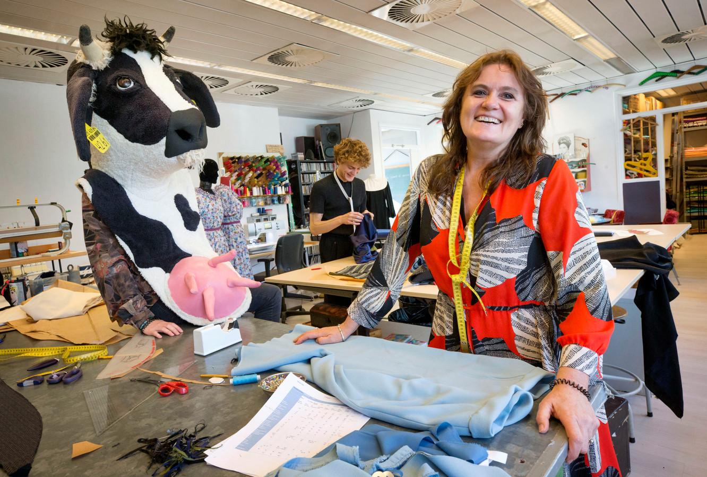 Kostuumontwerpster Leanne van Deurzen is een van de makers van de kostuums van het succesvolle programma The Masked Singer.