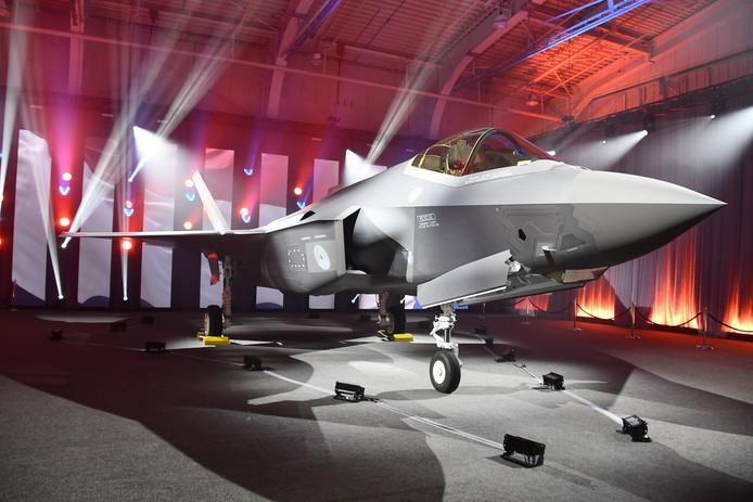 De eerste F-35, ook bekend als Joint Strike Fighter, zoals die anderhalve week geleden werd overgedragen aan de Koninklijke Luchtmacht.