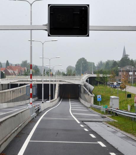 Tunnel bij Nijverdal weer open na storing