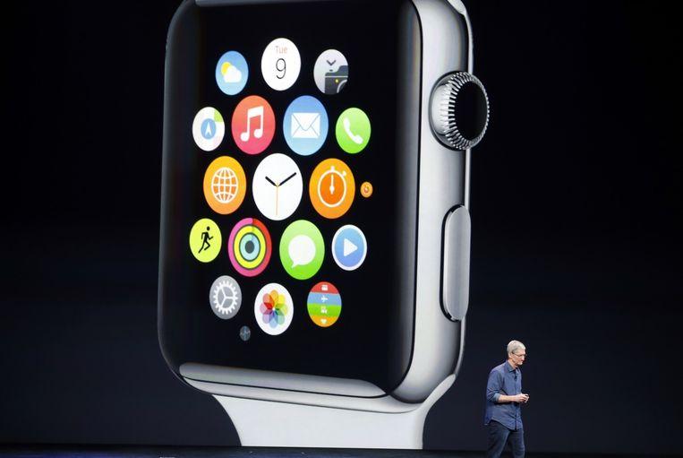 Tim Cook tijdens de presentatie van de Apple Watch Beeld reuters