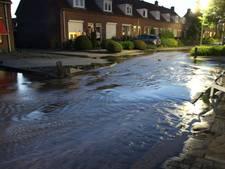 Tientallen huizen zonder water in Nijverdal door leidingbreuk