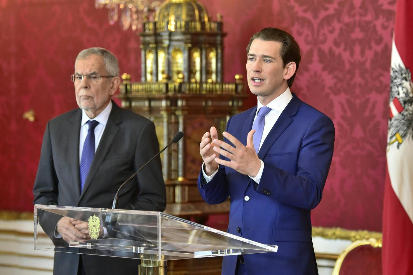 Bondspresident Van der Bellen (links) en bondskanselier Kurz.