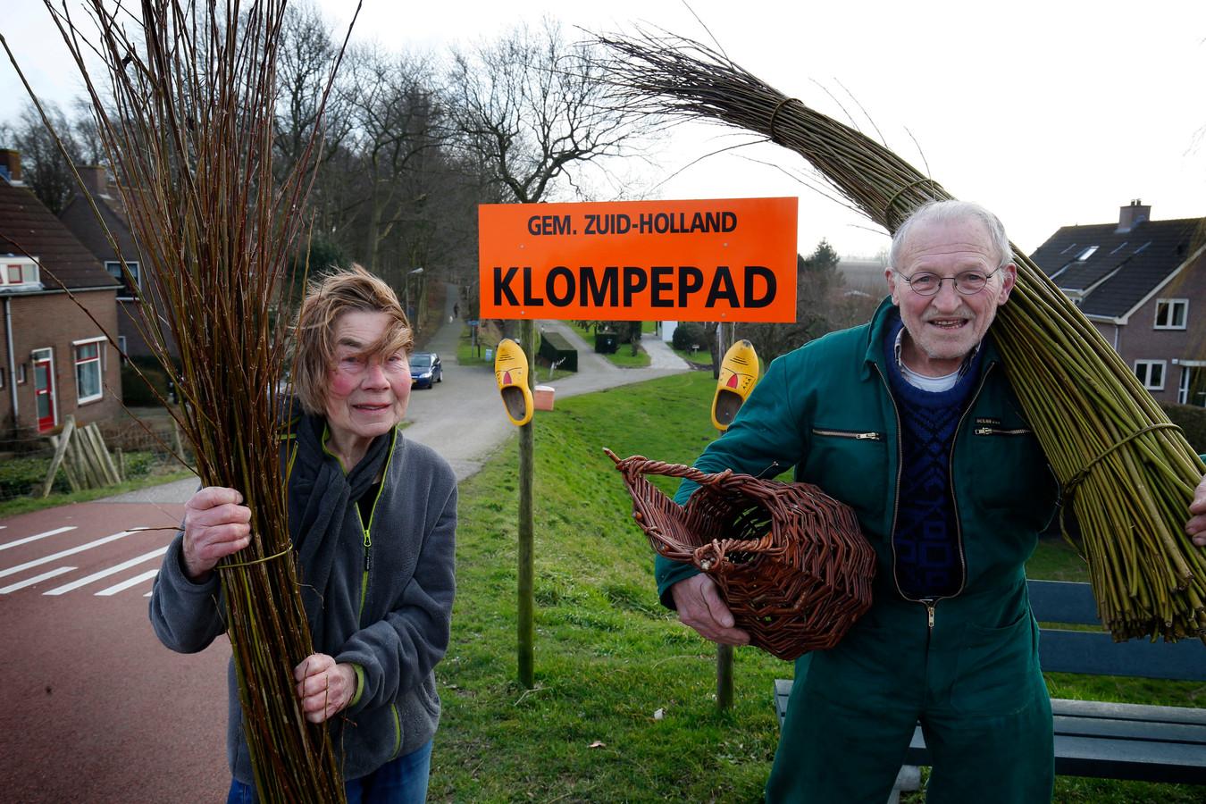 Stil protest in Tienhoven aan de Lek: een bord met Zuid-Holland erop.