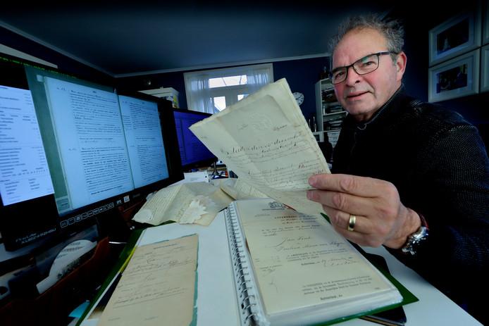 Leonard van Kessels lust en zijn leven is speuren, zoeken en archiveren van nu al 52.000 personen.