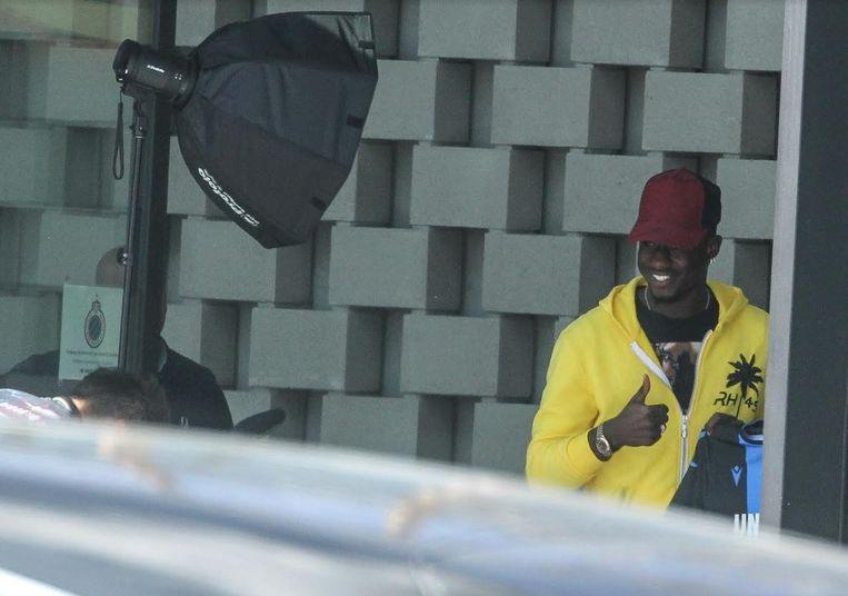 Mbaye Diagne poseerde al in Club-shirt.
