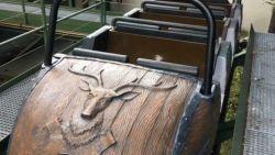 Iconisch stukje Efteling te koop: Bobslee-karretje wordt geveild voor duizenden euro's