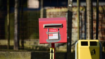Enkele rode brievenbussen verdwijnen