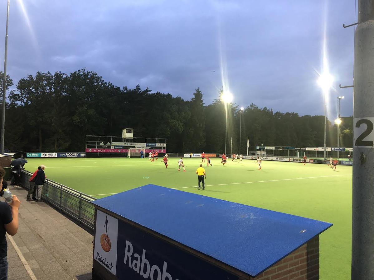 HC Tilburg tegen Oranje-Rood.