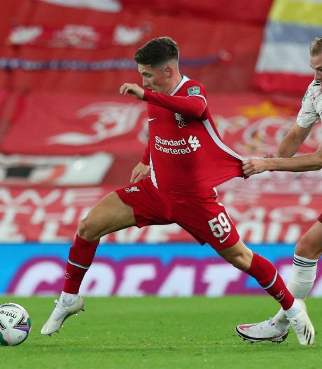 Liverpool stalt talenten Elliott, Wilson en Woodburn op lager niveau in Engeland