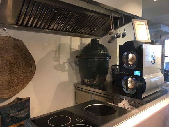 Beiruti, met een Green Egg in de keuken