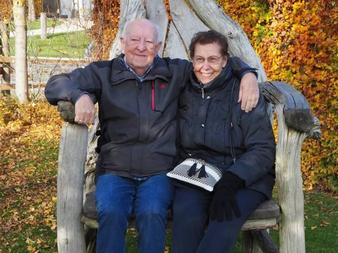 """Maria (77) moest haar Charles (81) na 57 jaar huwelijk afgeven door corona: """"Mijn enige troost: hij stierf in mijn armen"""""""