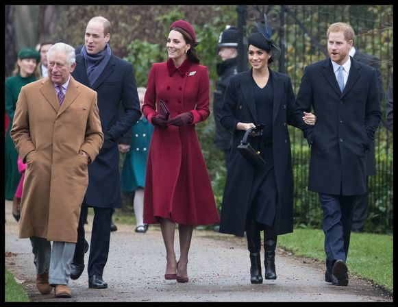 Prins Charles, prins William, Kate Middleton, Meghan Markle en prins Harry.