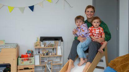 """'Mom-fluencer' Eva Tuytelaers deelt haar aparte opvoedingsstijl met 34.000 volgers op Instagram: """"Ik overweeg om mijn oudste zoon niet naar school te sturen"""""""