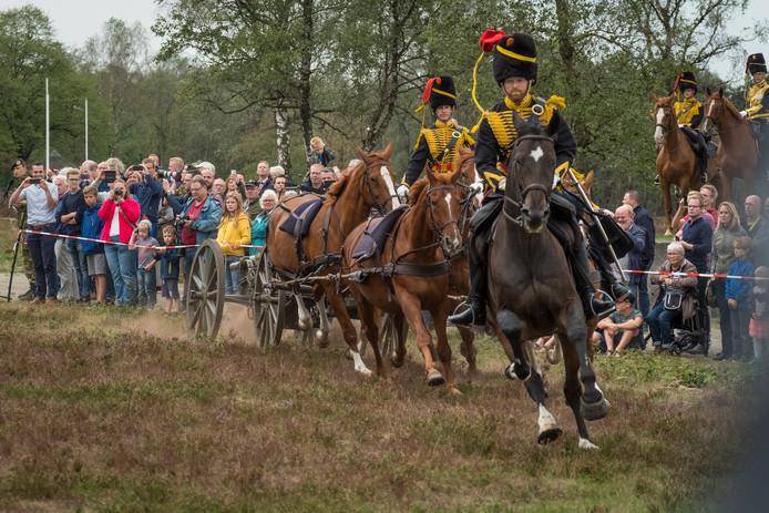 De gele Rijders in actie.