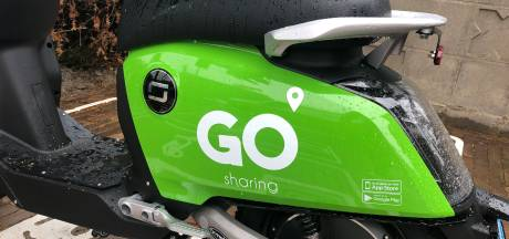 Enschede staat sinds deze week vol groene deelscooters, maar hoe werkt dat nou?