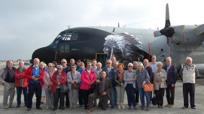 Oud-strijders en Oud-soldaten bezoeken 15de Wing
