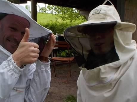 De moestuin in: #13 – Over de bloemetjes en de bijtjes.