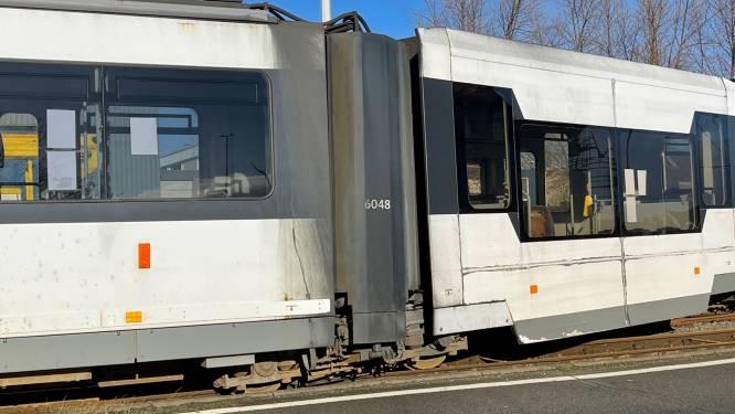Tram ontspoord in Zeebrugge door defect aan spoorwissel