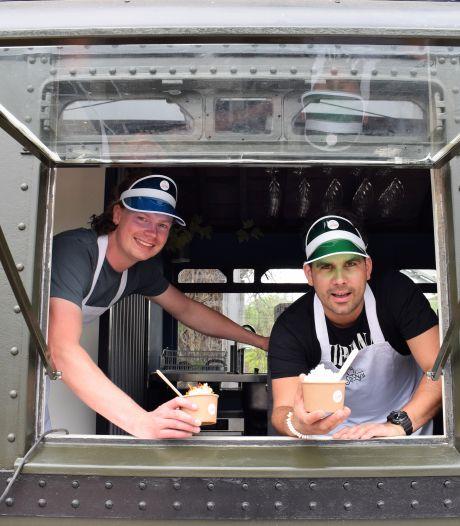 Treinstel Spoorzone wordt ijsbar Softy's: 'Zijdezacht ijs, maar ook met cornflakes, spek en eieren'
