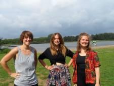 Eindhovense dichters presenteren 'Doorlopen': over de dwingende tredmolen van almaar doorwerken