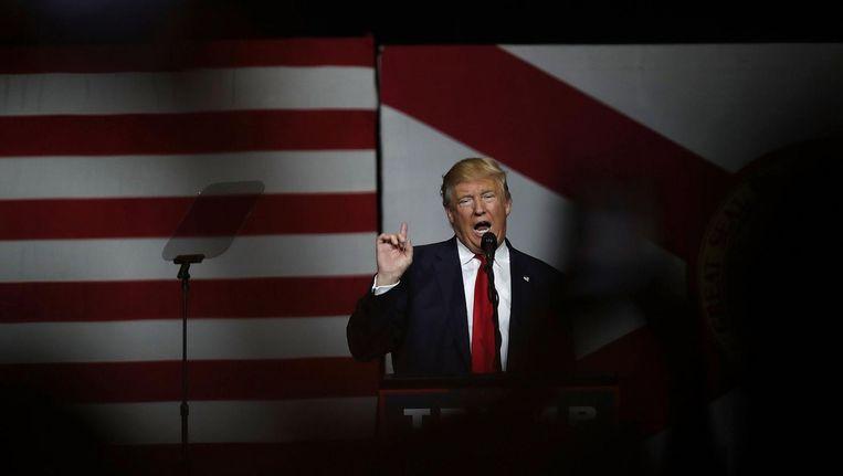 Donald Trump afgelopen donderdag tijdens een campagnerally in Florida. Beeld afp