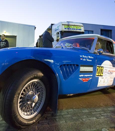Hellendoorn schrapt rally met legendarische auto's