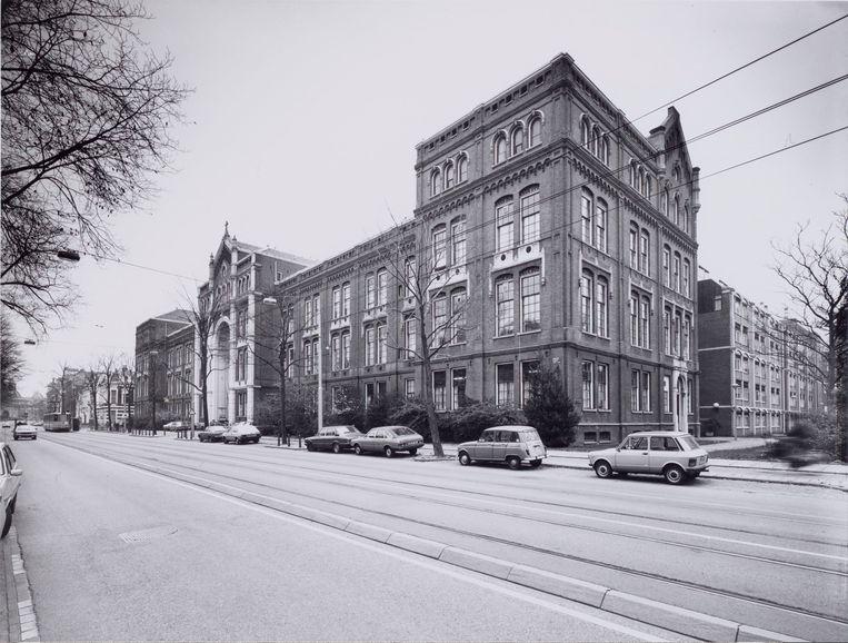 Plantage Middenlaan in 1982. Het rooms-katholieke bejaardenhuis Sint Jacob. Beeld Roël Ino