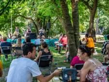 Hartzeer schalt door het Wilhelminapark: 'We wilden iets doen voor de thuisblijvers'