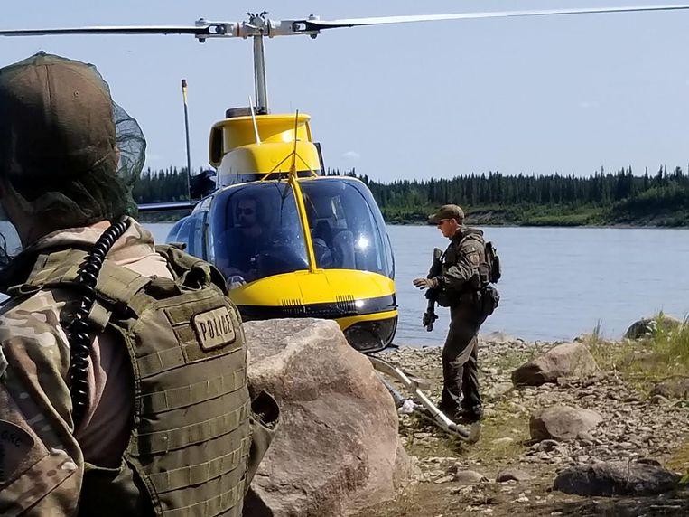 De Canadese politie blijft zoeken naar de voortvluchtige tieners.