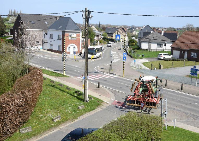 De Stuivenbergstraat (waar de tractor komt uitgereden) zal tijdens de werken gesloten zijn voor voertuigen vanuit de  richting van de Edingsesteenweg.