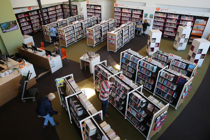 Bibliotheek Van Warnsveld moet misschien sluiten ivm bezuinigingen van de Gemeente Zutphen.